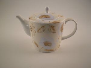 Arthur Wood Emporium Bone China 6 Cup Teapot