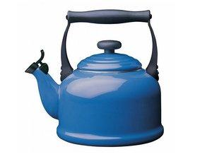 Le Creuset Wasserkessel Tradition 2,1 Liter, Blau
