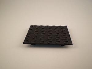 Gusseisern Untersetzer 14x16 cm Grid Schwartz